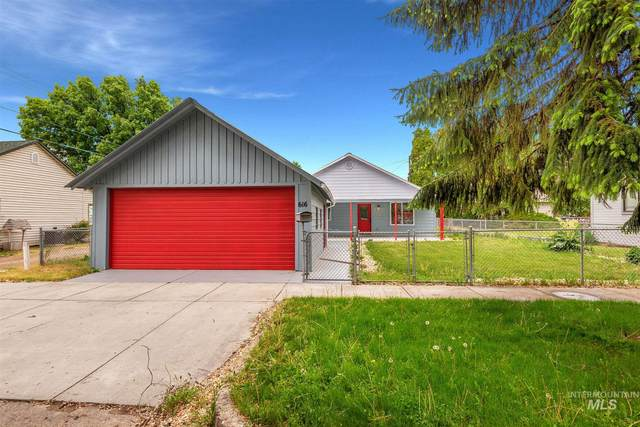 616 8th Street South, Nampa, ID 83686 (MLS #98766017) :: Team One Group Real Estate