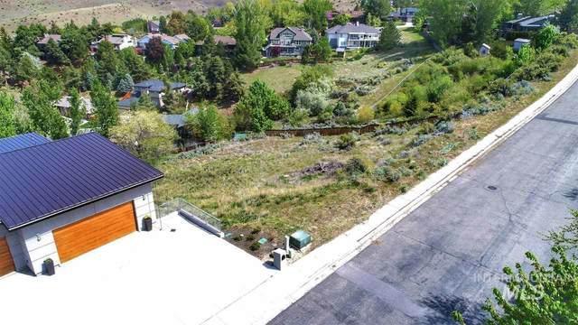 1056 E Braemere Rd., Boise, ID 83702 (MLS #98766727) :: Full Sail Real Estate