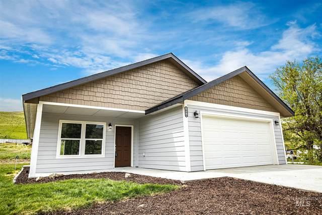109A 3rd St. Circle, Horseshoe Bend, ID 83629 (MLS #98767137) :: Full Sail Real Estate