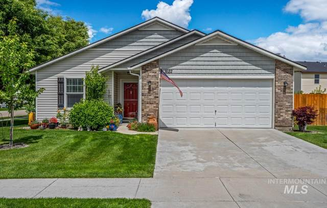 1622 W. Tamarack Dr, Nampa, ID 83651 (MLS #98767488) :: Team One Group Real Estate