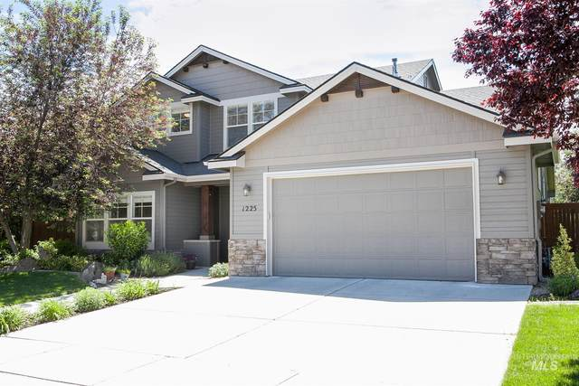 1225 W Bacall St, Meridian, ID 83646 (MLS #98767728) :: Story Real Estate