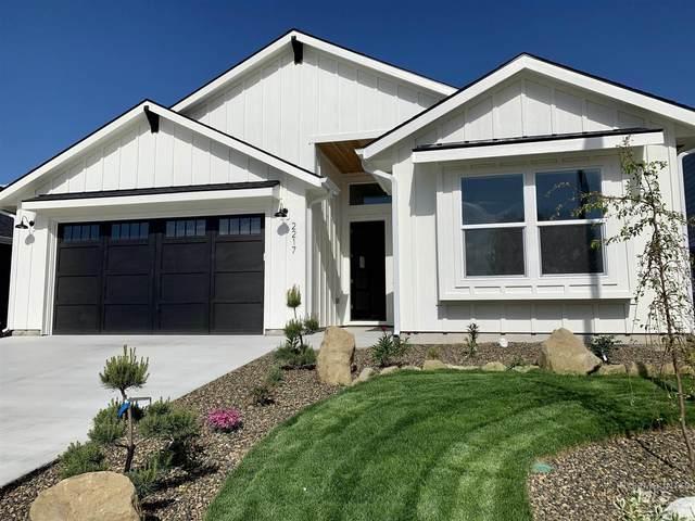 2217 Sunset Ave, Caldwell, ID 83605 (MLS #98767759) :: Bafundi Real Estate