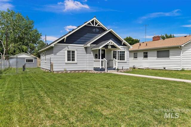 107 Maple St, Nampa, ID 83686 (MLS #98768258) :: Team One Group Real Estate