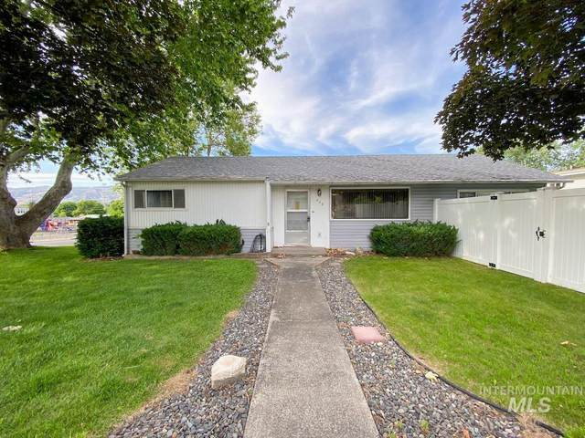 905 18th Ave., Lewiston, ID 83501 (MLS #98768954) :: Jon Gosche Real Estate, LLC