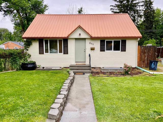 611 18th Avenue North, Nampa, ID 83687 (MLS #98769422) :: Jon Gosche Real Estate, LLC