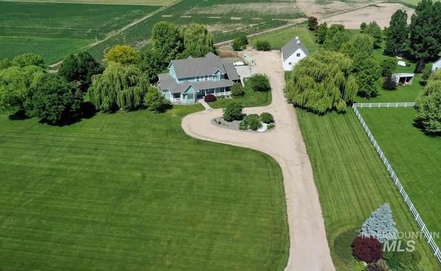 9251 S Perfect Lane, Kuna, ID 83634 (MLS #98770686) :: Build Idaho