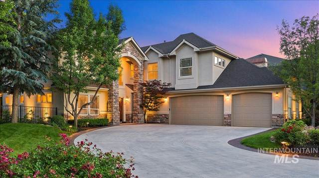 939 S Island Glenn Way, Eagle, ID 83616 (MLS #98771865) :: Jon Gosche Real Estate, LLC