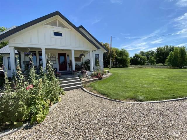 2365 SW 1st Ave, Fruitland, ID 83619 (MLS #98772363) :: Idaho Real Estate Pros