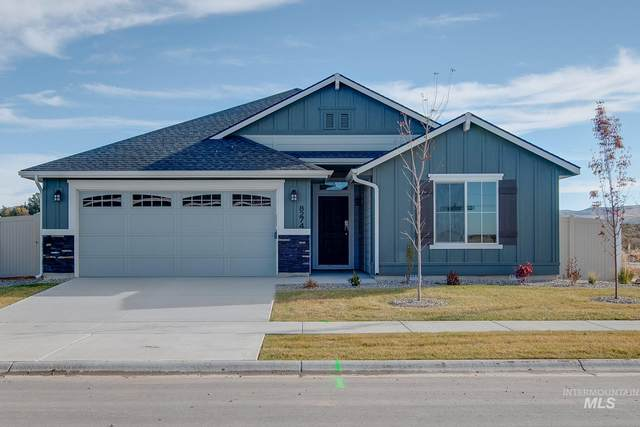 8274 S Bogus Ridge St, Boise, ID 83716 (MLS #98772685) :: Shannon Metcalf Realty
