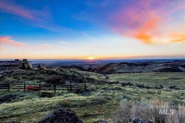 6315 E Wildhorse Lane, Boise, ID 83712 (MLS #98773882) :: Build Idaho