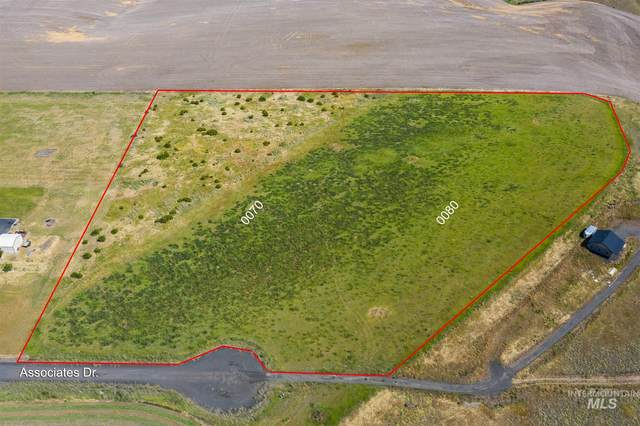 Lot 7 & 8 Blk A Associates Drive, Lewiston, ID 83501 (MLS #98773905) :: Jon Gosche Real Estate, LLC