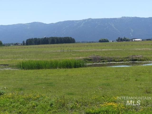 TBD-1 Gold Fork Road, Donnelly, ID 83615 (MLS #98775043) :: City of Trees Real Estate