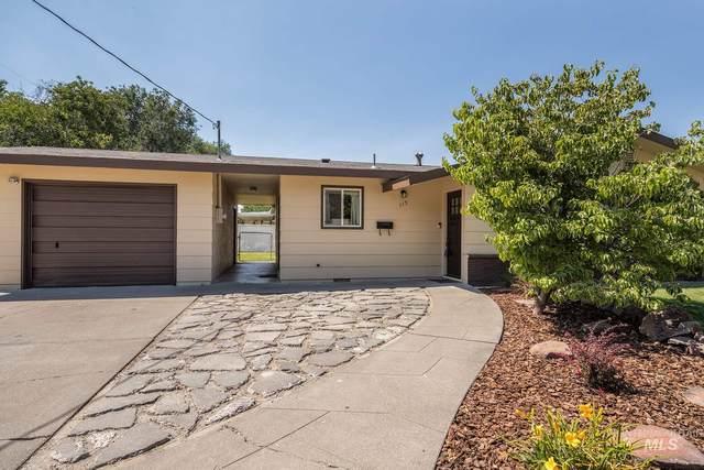 115 SW 11th St, Ontario, OR 97914 (MLS #98776697) :: Idaho Real Estate Pros