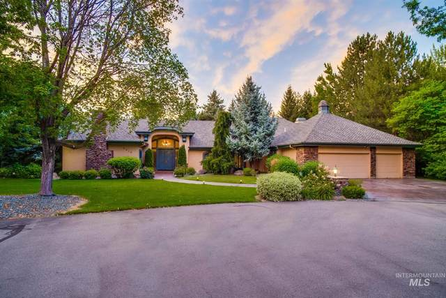 9410 N Winterwood, Garden City, ID 83714 (MLS #98777028) :: City of Trees Real Estate