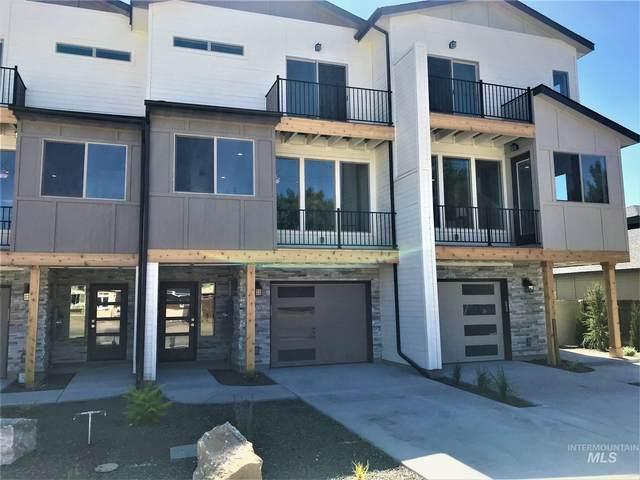7797 W Crestwood Drive, Boise, ID 83704 (MLS #98778260) :: Full Sail Real Estate