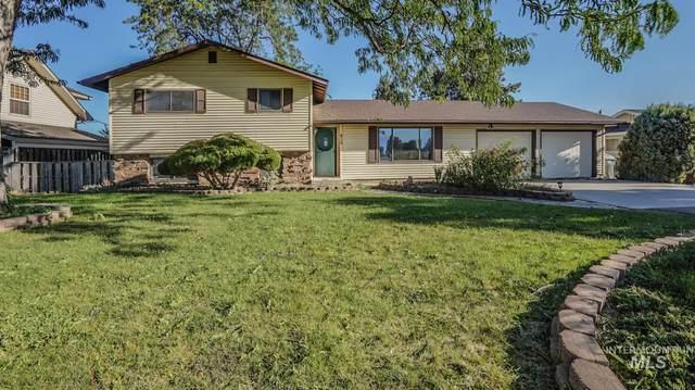 814 W Easy Street, Caldwell, ID 83605 (MLS #98779108) :: Jon Gosche Real Estate, LLC