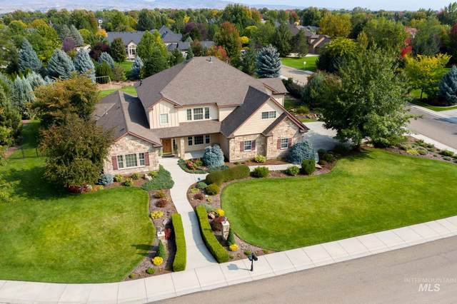 2850 S Kingsbury Way, Eagle, ID 83616 (MLS #98782929) :: Idaho Real Estate Pros