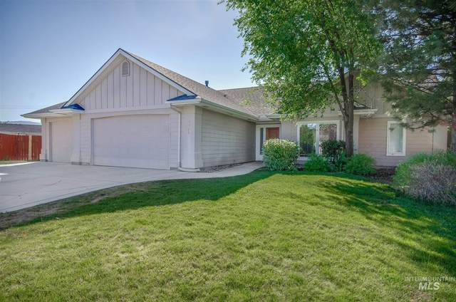 2765 E Ridgedale Pl, Eagle, ID 83616 (MLS #98784340) :: New View Team