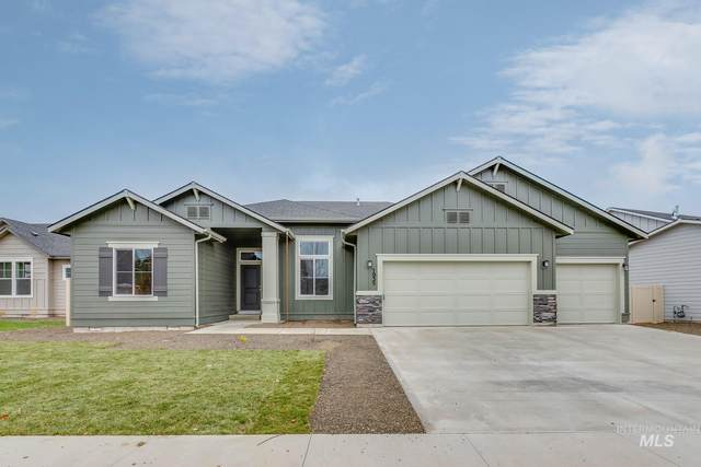 1935 W Heavy Timber Dr, Meridian, ID 83642 (MLS #98784377) :: Navigate Real Estate