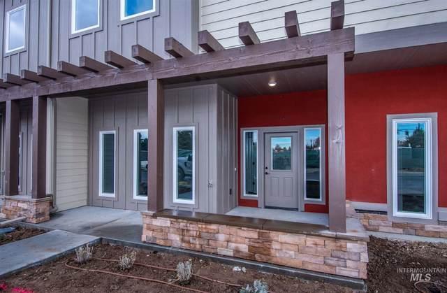 8167 W Tudor Ln, Boise, ID 83704 (MLS #98785570) :: Build Idaho
