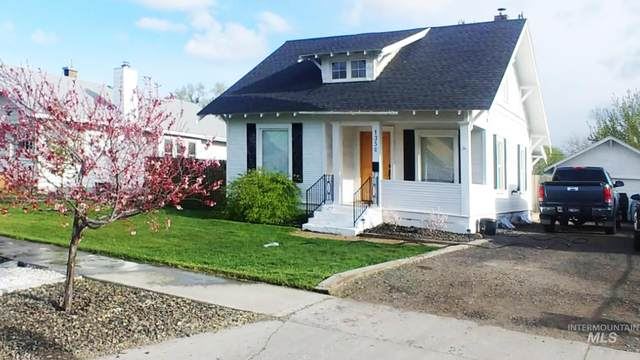 1350 6th Avenue East, Twin Falls, ID 83300 (MLS #98786682) :: Team One Group Real Estate