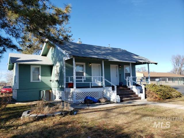 65 SW 5th St, Ontario, OR 97914 (MLS #98789112) :: The Bean Team