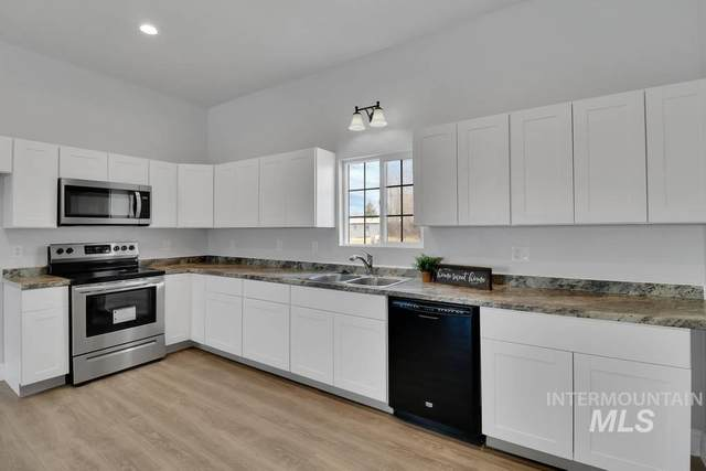 655 Elba, Burley, ID 83318 (MLS #98791546) :: Jeremy Orton Real Estate Group