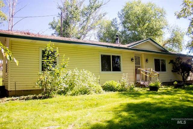 8744 Foothill Rd, Middleton, ID 83644 (MLS #98794387) :: Haith Real Estate Team