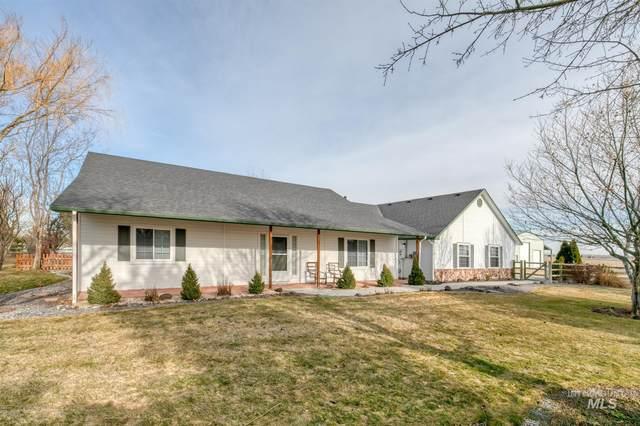 18568 S Cloverdale, Kuna, ID 83634 (MLS #98794591) :: Build Idaho