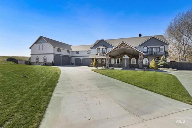 1551 S Luker Rd, Kuna, ID 83634 (MLS #98794925) :: Story Real Estate