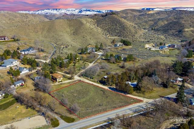 6021 N Eugene Ln, Boise, ID 83703 (MLS #98795115) :: Build Idaho