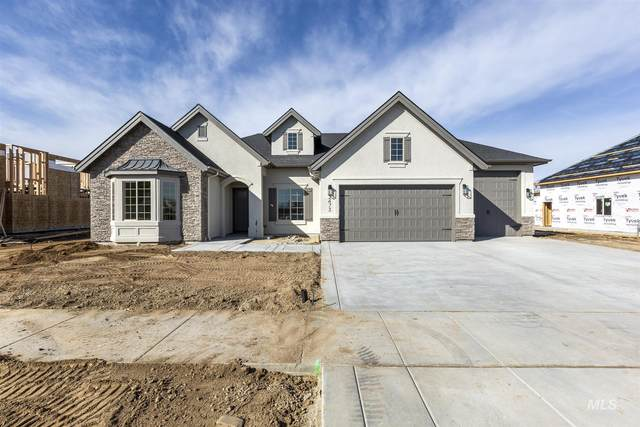 2473 N Fountainhead Way, Eagle, ID 83616 (MLS #98795325) :: Juniper Realty Group