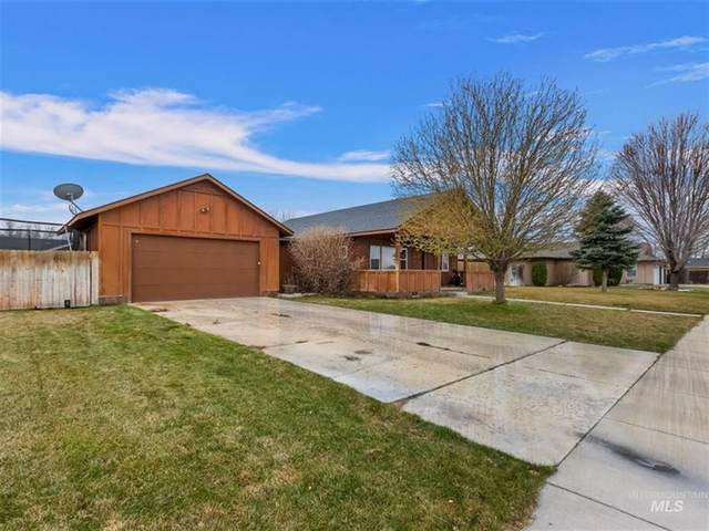 103 Sunset Dr, Shoshone, ID 83352 (MLS #98795631) :: City of Trees Real Estate