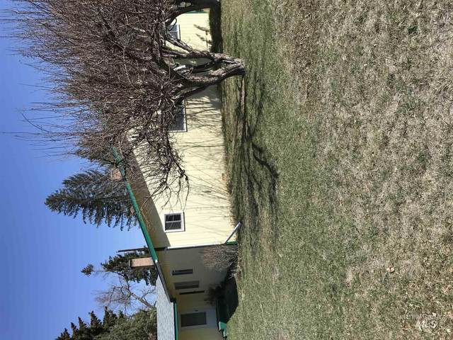 7 Pine St., Salmon, ID 83467 (MLS #98797343) :: Epic Realty