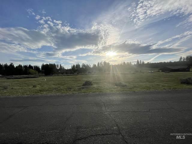 13841 Farm To Market Rd, Mccall, ID 83638 (MLS #98798253) :: Beasley Realty