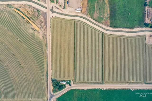 Red Top Road, Wilder, ID 83676 (MLS #98798574) :: Build Idaho