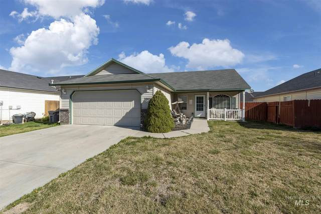 3203 Village Green St, Caldwell, ID 83605 (MLS #98799141) :: Team One Group Real Estate