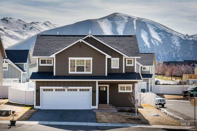 2581 Winterhaven Drive, Hailey, ID 83333 (MLS #98799448) :: Jon Gosche Real Estate, LLC