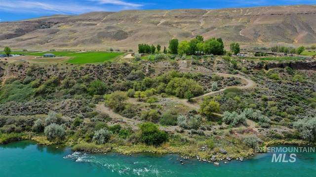 6252 King Hill Canal, Bliss, ID 83314 (MLS #98799944) :: Trailhead Realty Group