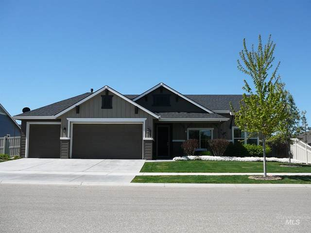 9385 S Macadan Way, Kuna, ID 83634 (MLS #98800854) :: Michael Ryan Real Estate