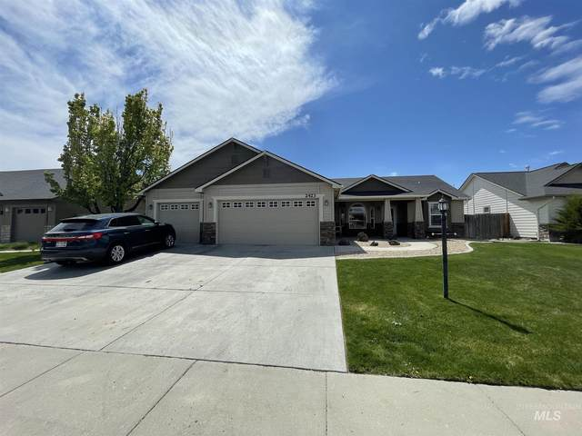 2423 W Sherman Ave, Nampa, ID 83686 (MLS #98801481) :: Build Idaho