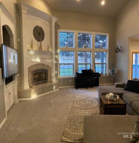 2678 S Hood Ranch Pl, Meridian, ID 83642 (MLS #98801769) :: Full Sail Real Estate