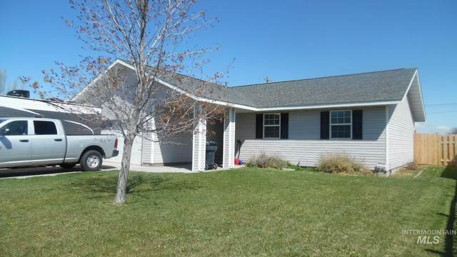 300 W 4th N, Burley, ID 83318 (MLS #98801785) :: Epic Realty