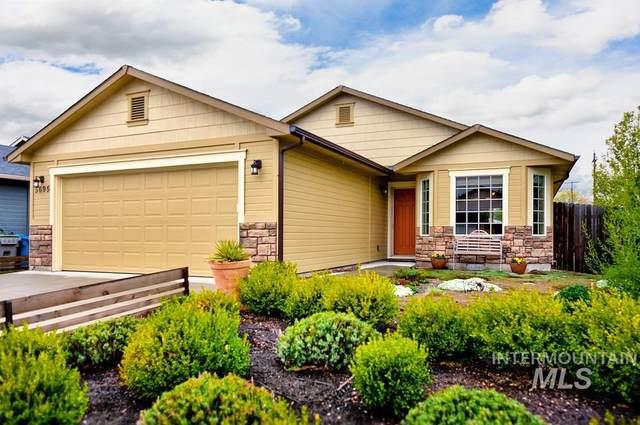 5695 N Hertford Way, Boise, ID 83714 (MLS #98801859) :: Epic Realty