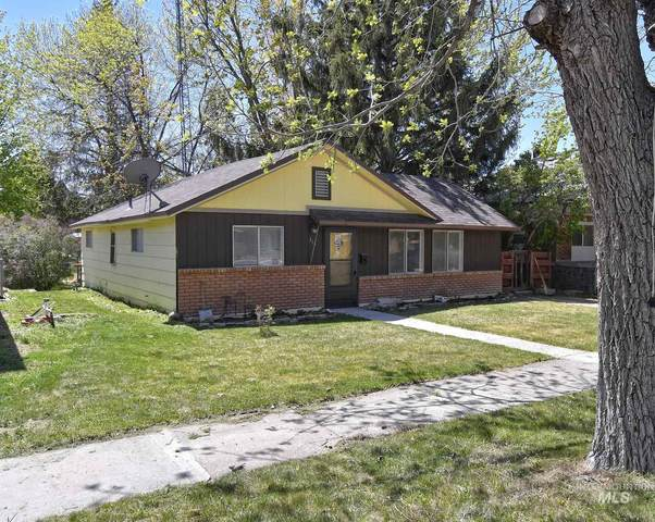 319 E Ave D, Jerome, ID 83338 (MLS #98801863) :: Hessing Group Real Estate