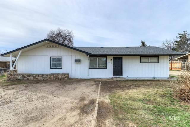 2416 SW Alder St, Caldwell, ID 83605 (MLS #98801935) :: Build Idaho