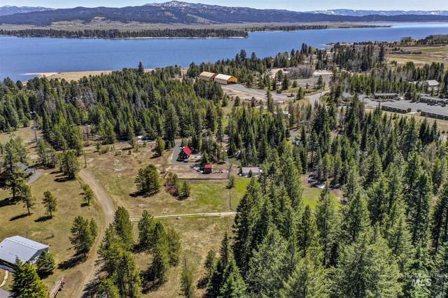 15 Royal Ln, Donnelly, ID 83615 (MLS #98802166) :: Haith Real Estate Team
