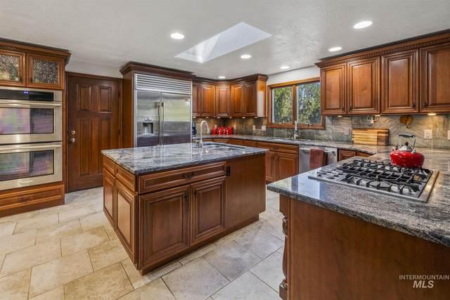 8324 W Westchester Ave, Boise, ID 83704 (MLS #98803042) :: Build Idaho