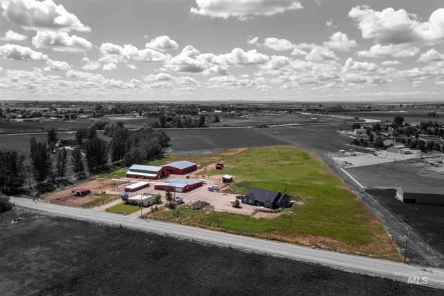 5301 E Deer Flat, Kuna, ID 83634 (MLS #98803477) :: Silvercreek Realty Group