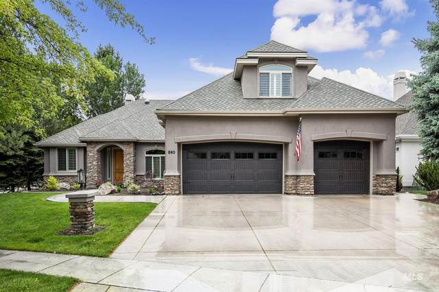 660 W Headwaters Drive, Eagle, ID 83616 (MLS #98803488) :: Build Idaho